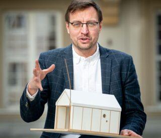 Dr Jerzy Łątka